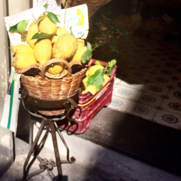 Yellow gold: Amalfi lemons